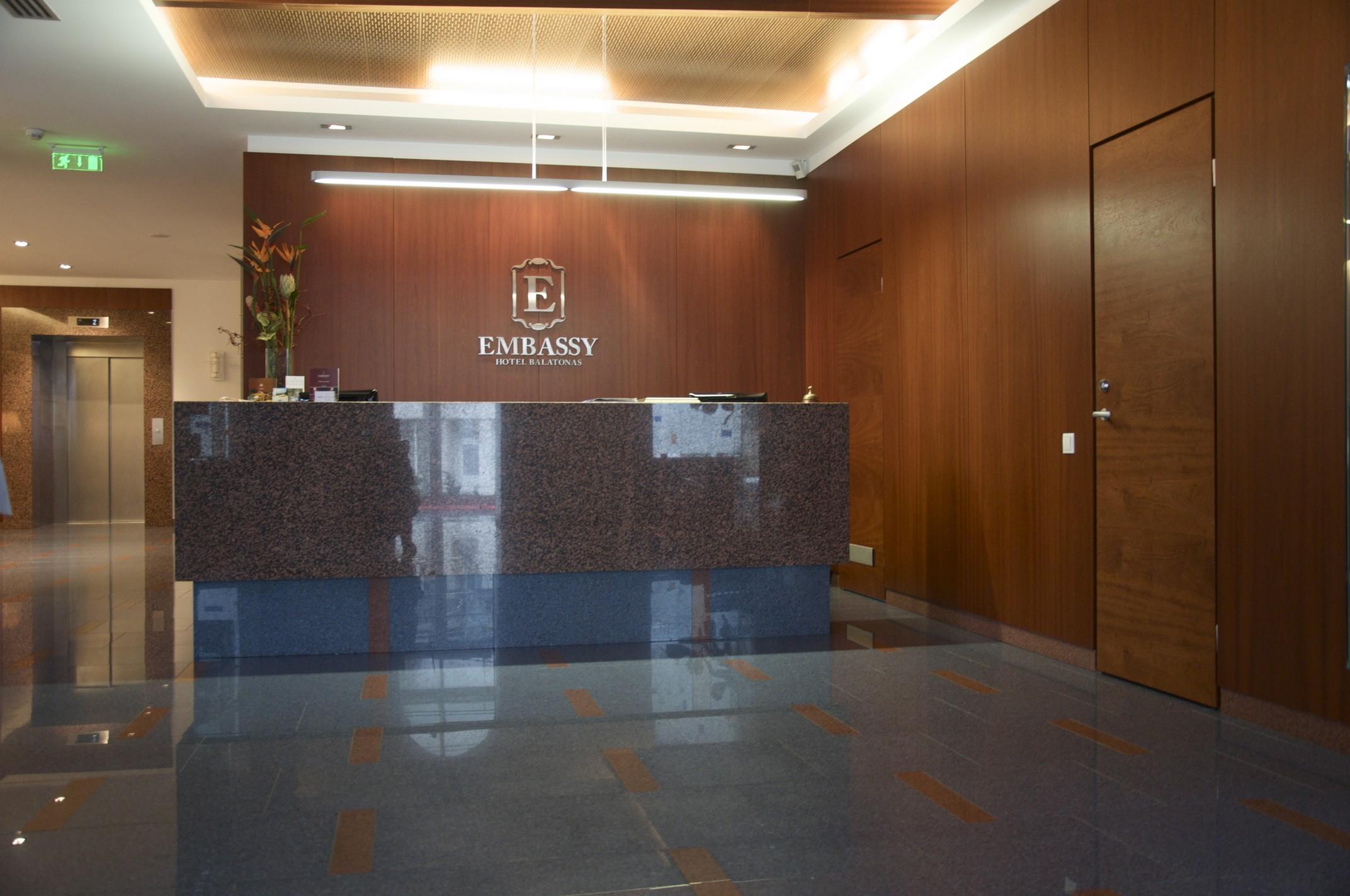 """Viešbutis """"Embassy hotel Balatonas"""""""